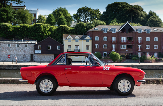 red lancia fulvia Finished